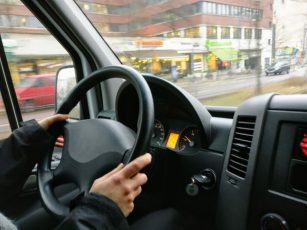 Monitoring pracownika – samochód służbowy